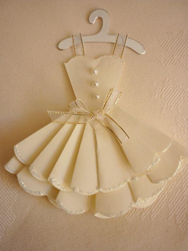 Scallop Circle Dress - http://www.mementoesintime.com/apps/blog ...