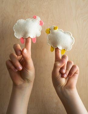 Ovejitas de fieltro como marionetas de dedo | Kireei, cosas bellas
