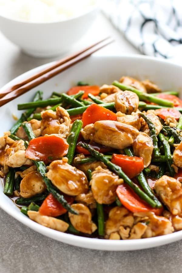 Photo of Chicken and Asparagus Stir Fry (Easy + Flavorful) – Joyous Apron