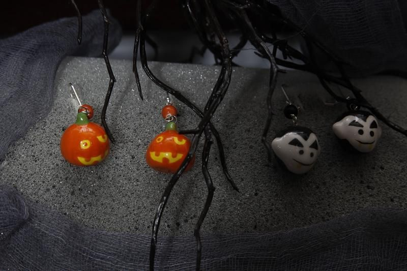 Halloween earrings made from spooky tree ornaments (ceramic)