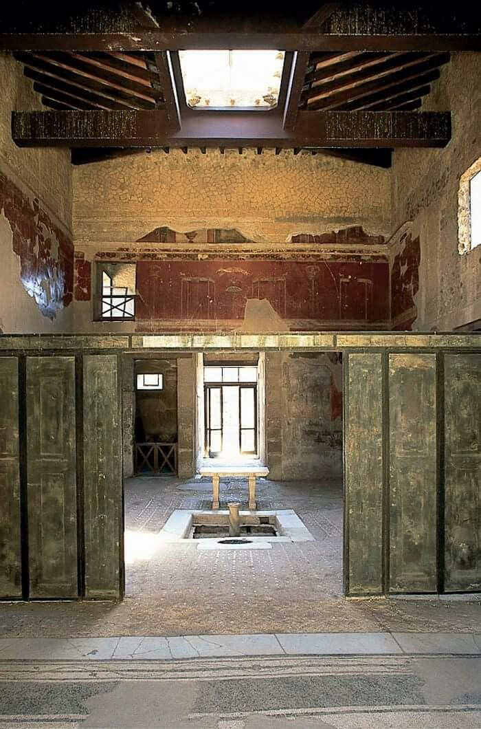 Casa del Tramezza di Legno in Herculaneum.