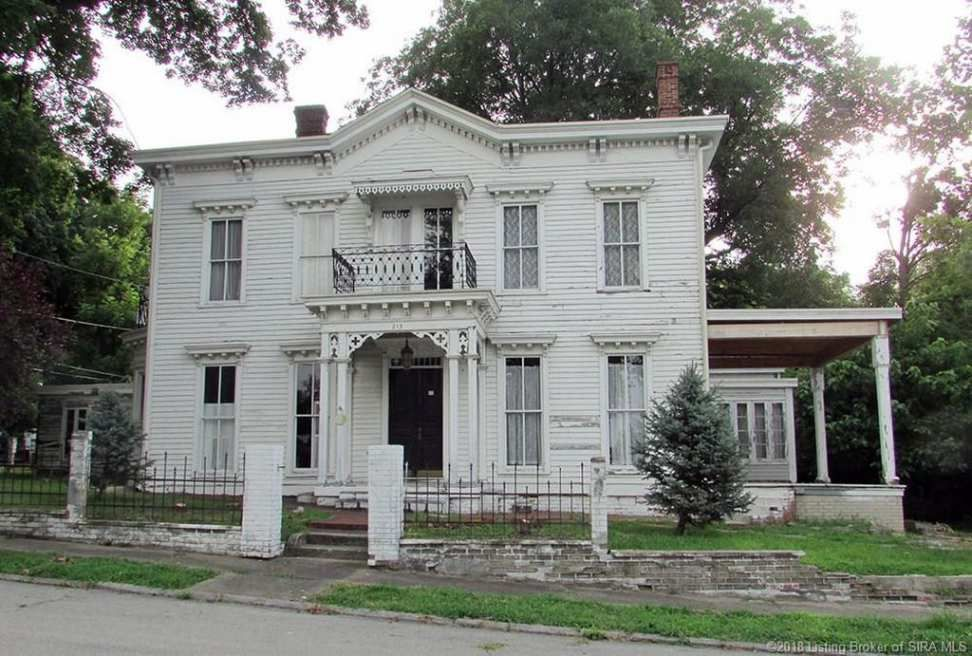 C 1870 Italianate Jeffersonville In Old House Dreams Historic Homes Old Houses
