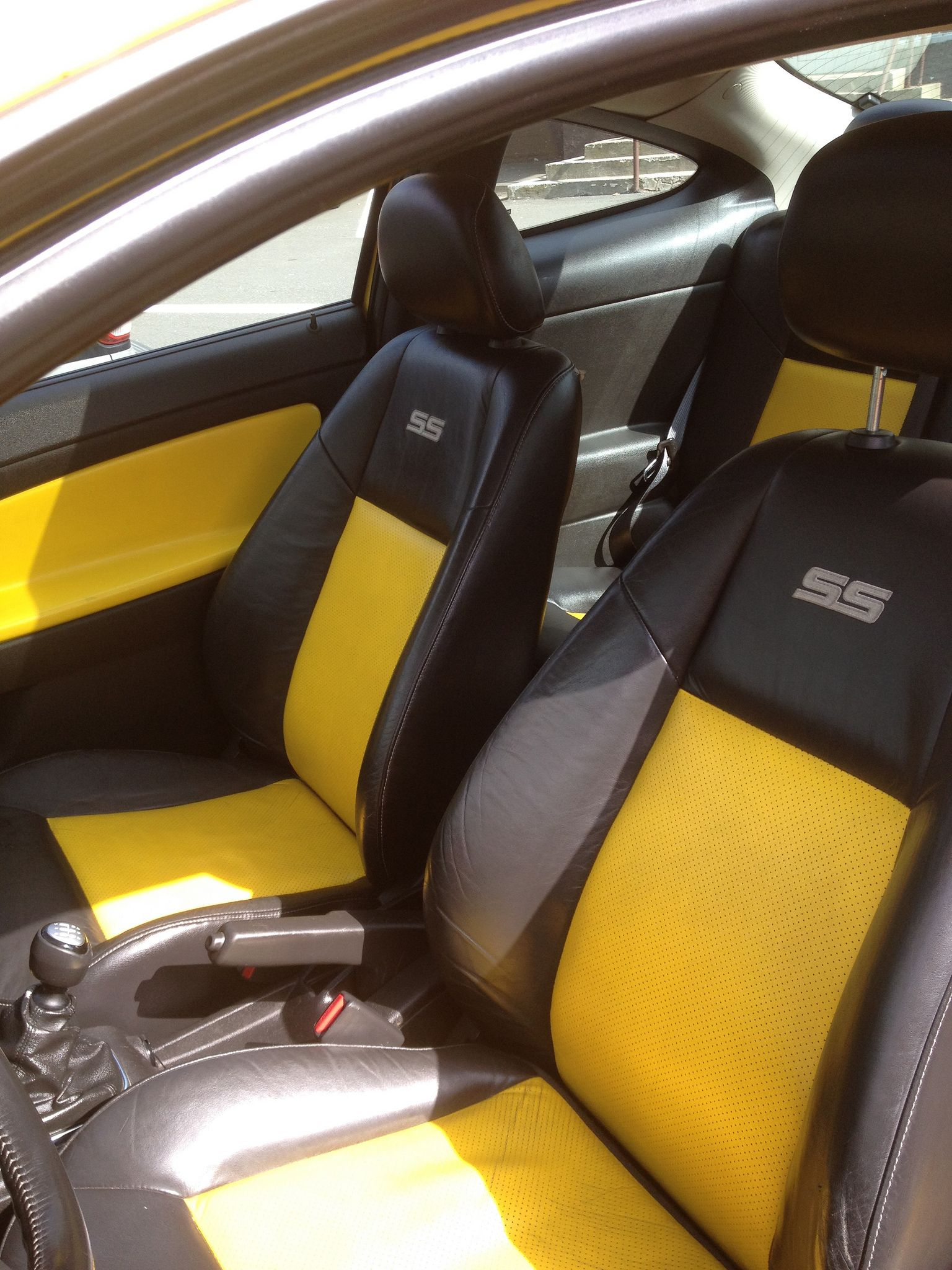 2005 Rally Yellow Chevy Cobalt SS supercharged, yellow and black interior  Cobalt Ss Supercharged,