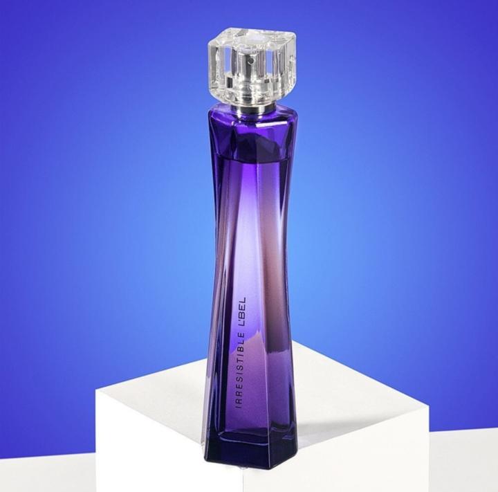 Pin de Olivia Prado en perfume de Esika en 2020