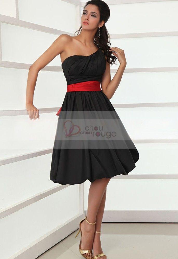 Robe de cocktail rouge et noire