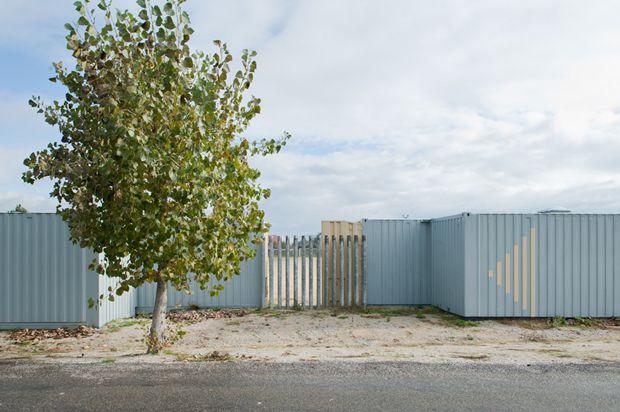 Contedores para vestiarios en vilar de astr s trespes arquitectos ourense 2013 foto ana - Arquitectos ourense ...