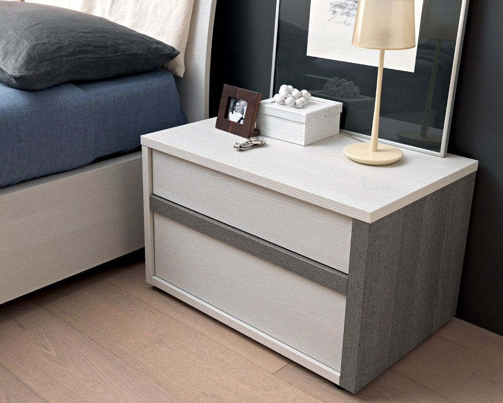 SMA Mobili Spa Contemporary Slim Bedside Cabinet in Choice of Colour http://www.furnituremind.co.uk/product.php/4388/23/sma-mobili-spa-contemporary-slim-bedside-cabinet-in-choice-of-colour