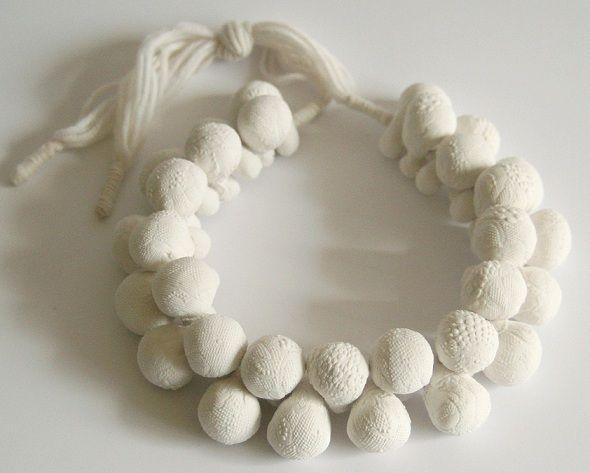 MARION DELARUE-FR   - collier Empreintes-porcelain