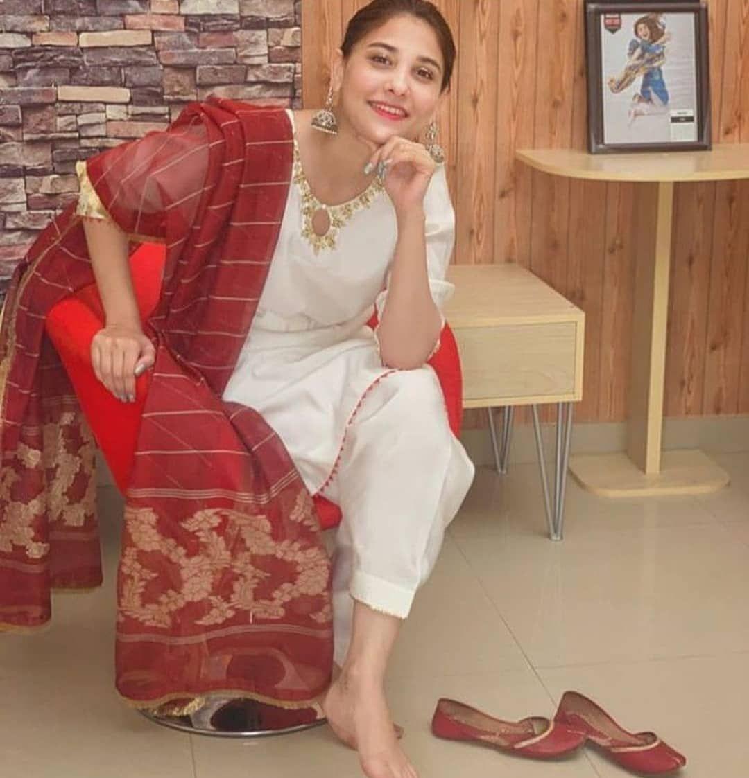 Hairstyle Girl Jora: Pin By Prabh On Fashion In 2020