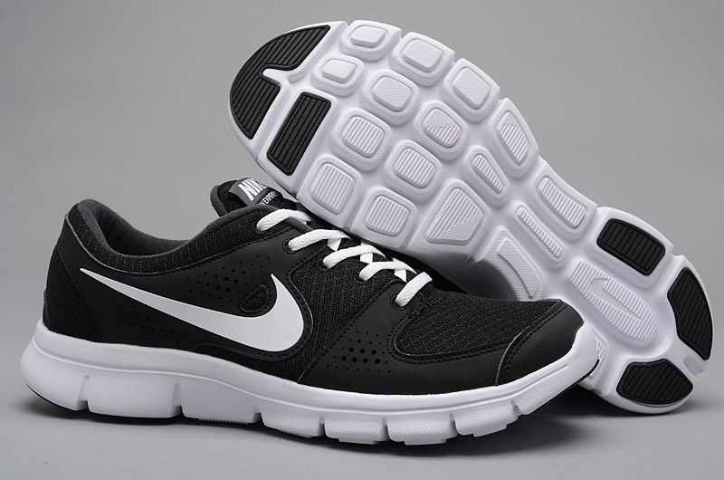 Nike Mens Shoes Nike Free Trainer 7.0 Black-White $59