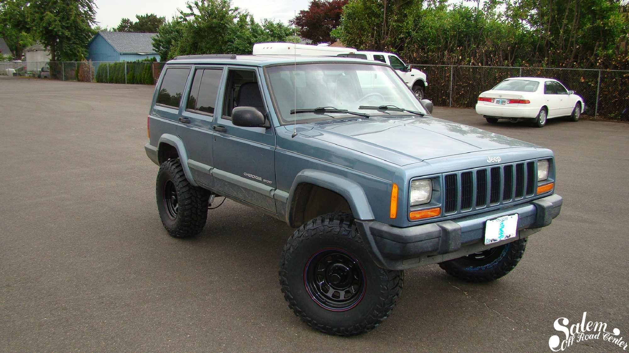 On This 1999 Jeep Cherokee We Installed A Zone Off Road 4 5 Lift