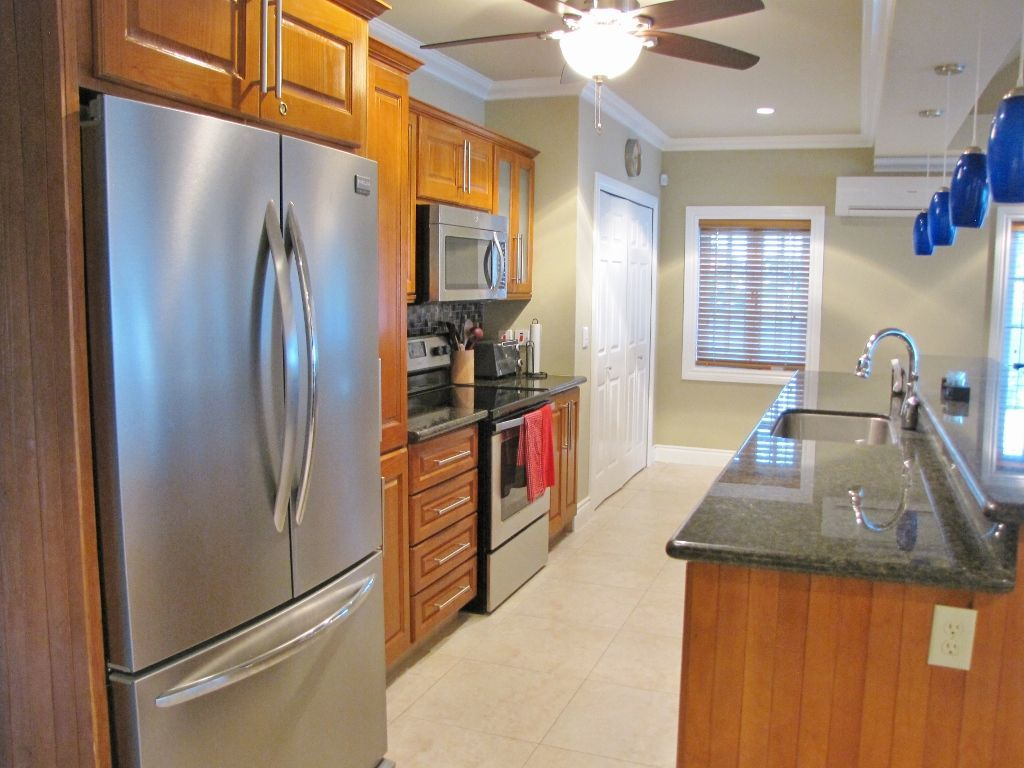 Full Equipped Kitchen With Ss Appliances Trinidad Tobago