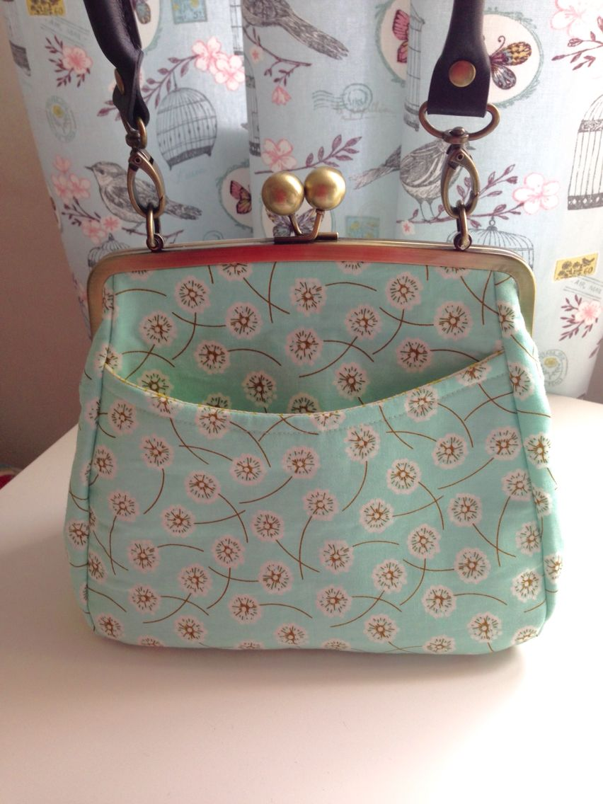 My First Attempt At A Handbag Amazing Pattern By Lisa Lam Check Out U