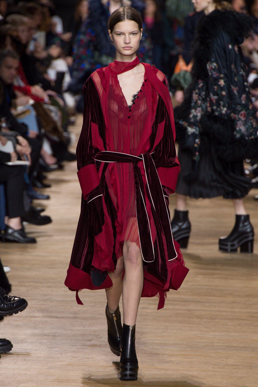 Sacai Fall 2017 Ready To Wear Fashion Show