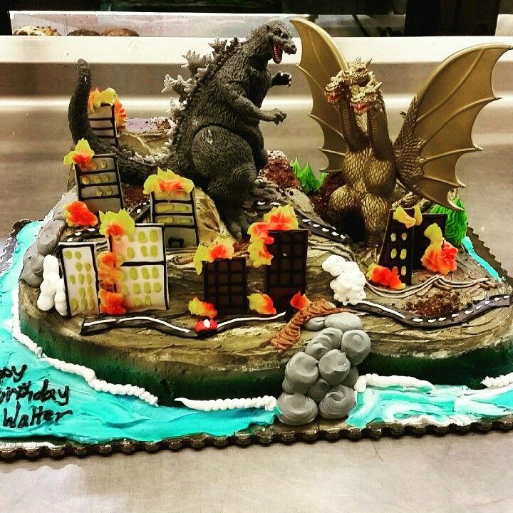 Godzilla cake by @MTJTJ5 | Peter's Birthday in 2019 | Godzilla ...