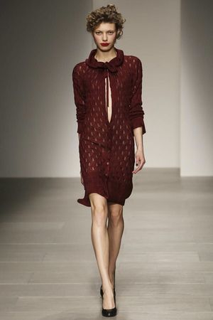 0f8f755bf4 Vivienne Westwood Red Label Ready To Wear Fall Winter 2014 London -  NOWFASHION