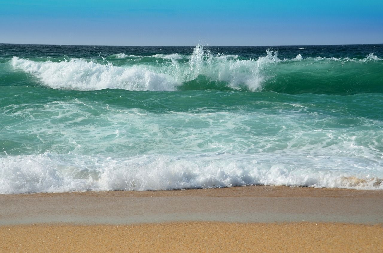 Vacation, Surf Wave Sea Spray Water Beach Ocean Surf #vacation, #surf,  #wave, #sea, #spray, #water, #beach, #ocean, #sur… | Beach painting, Waves,  Waves photography