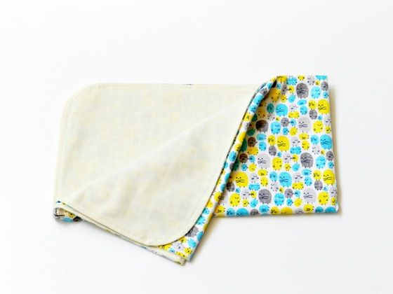 Mantitas de verano de 80x90 cm. Hechas con telas de algodón y punto orgánico. Suavecitas y ligeras para llevar contigo a todas partes!
