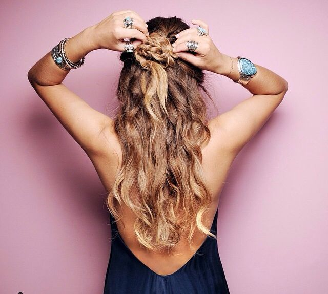 http://trouvailleschics.com/site/ete-2015-les-tendances-coiffure-et-mode-a-adopter/