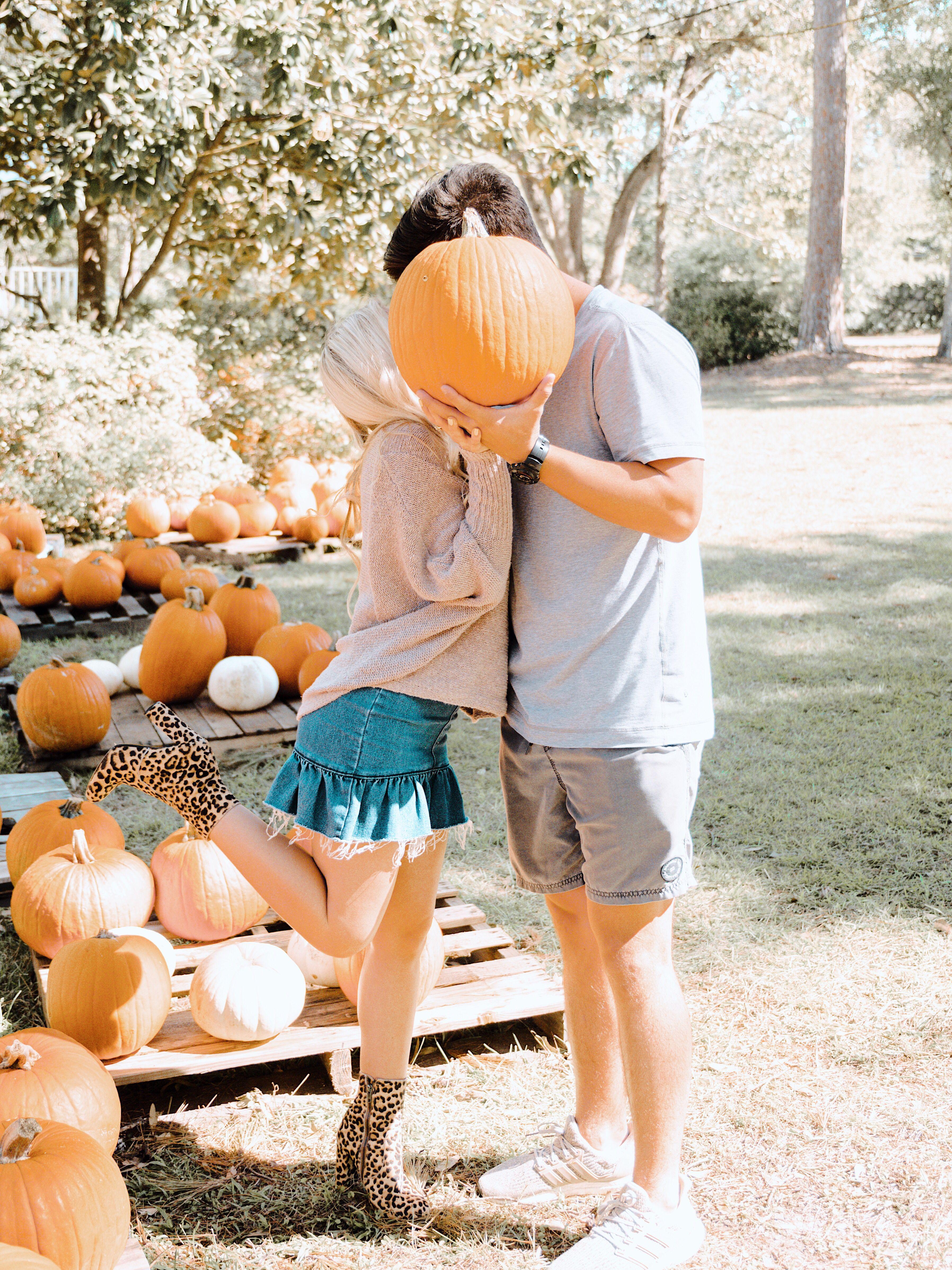 Pumpkin Patch Couple Pictures #pumpkinpatch