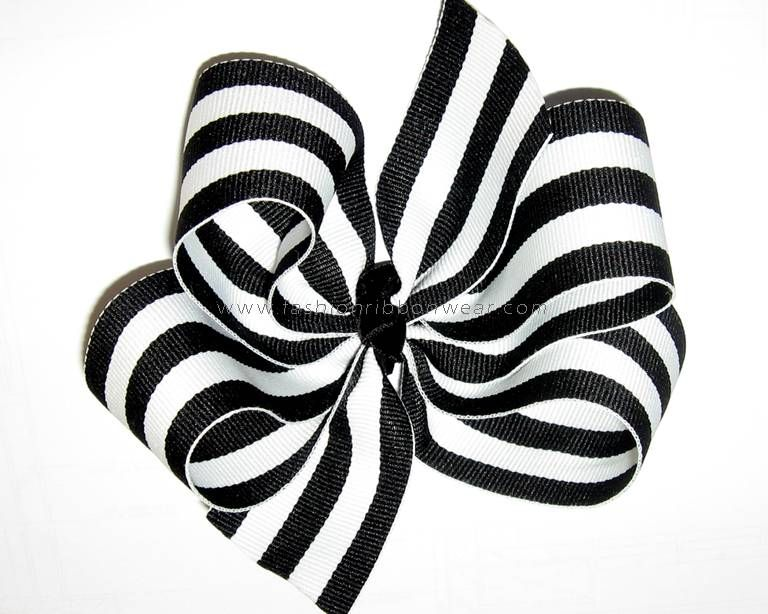 A Windmill Style Star Jasmine Ribbon Bows