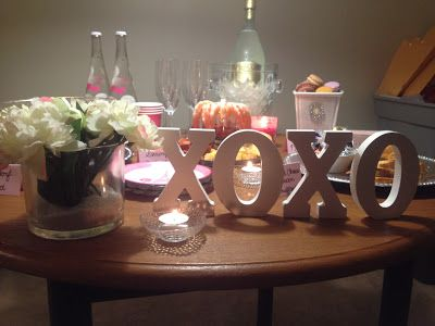dacfb09df3974 Gossip Girl themed party | Party time | Gossip girl party, Gossip ...