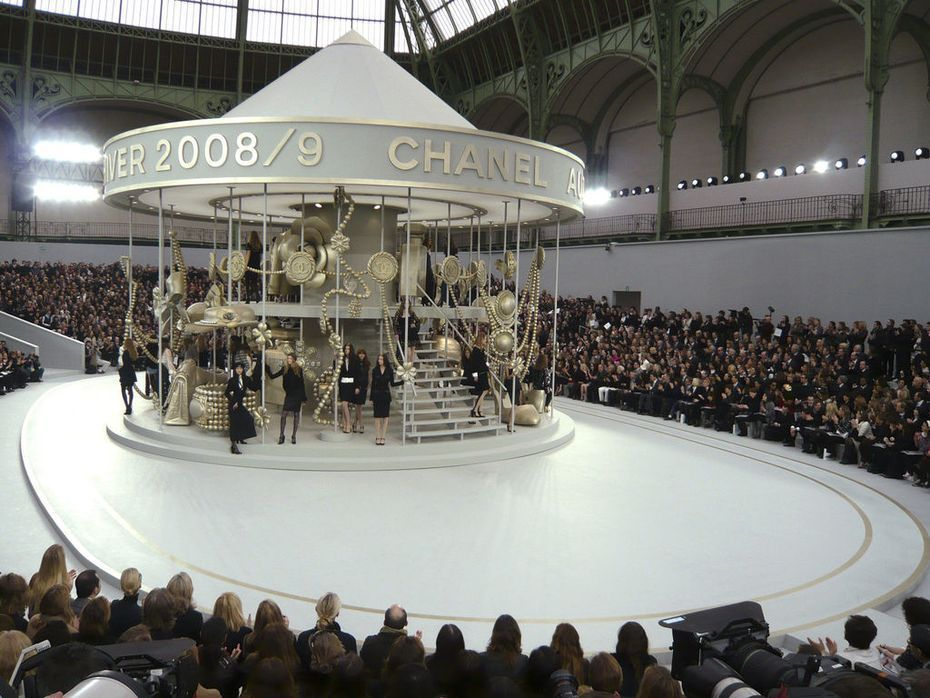 Best of fashion show venues chanel fashion in 2019 - Fashion show stage design architecture plans ...