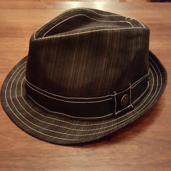 0ee2f3043d266 Goorin Brothers Peek-a-boo fedora Discontinued collectable rare Goorin  fedora with pin-up woman in liner Goorin Brothers Accessories Hats