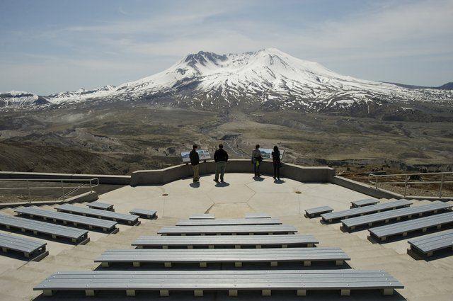 Gah! I want to go back so bad!!!!     Johnston Ridge Observatory, Mount St. Helens, WA
