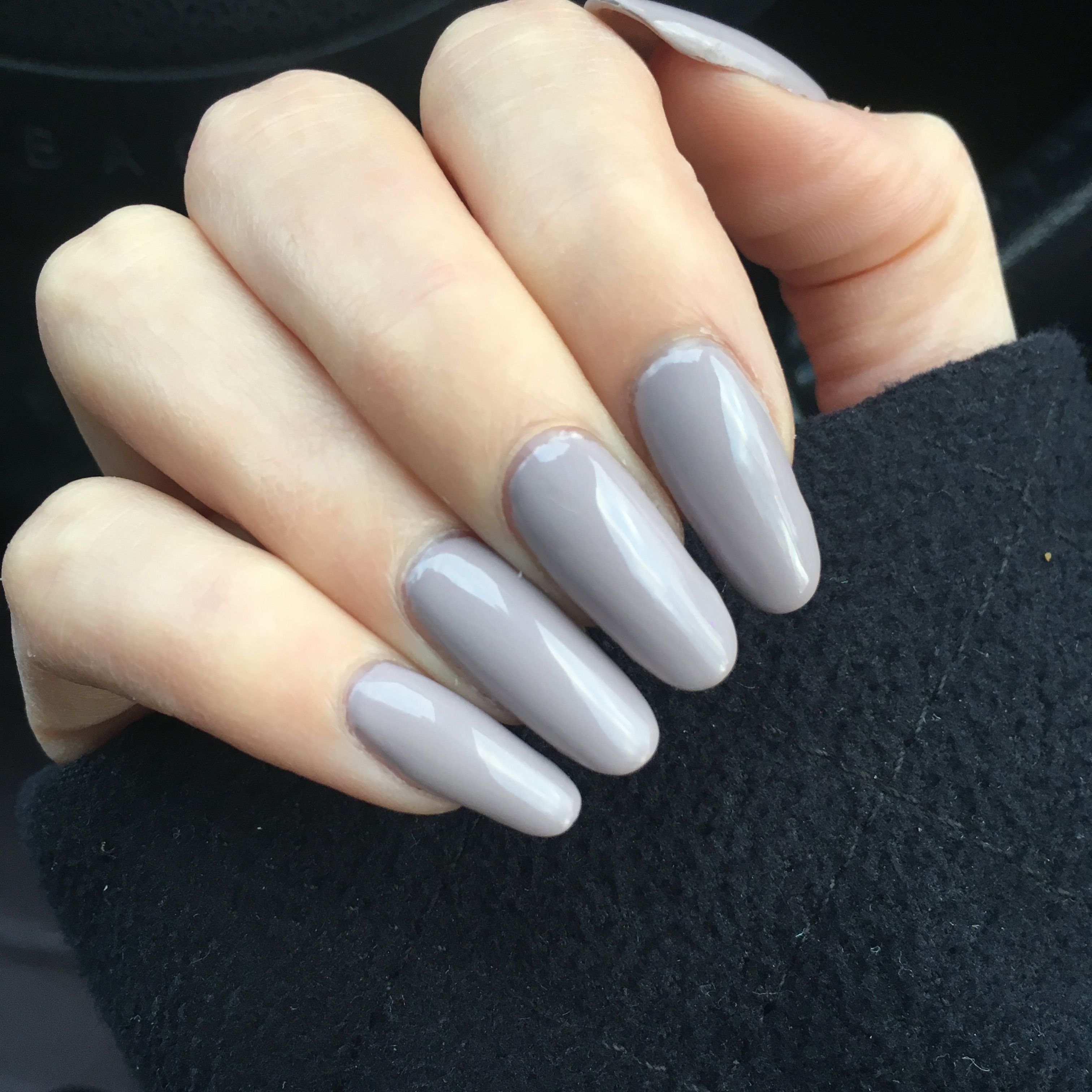 Taupe Grey Nails