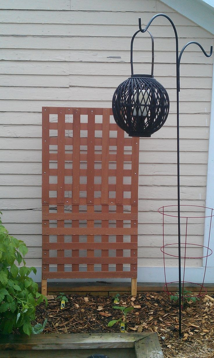 Don T Throw Away Old Blinds Reuse Them There Are So Many Ways To Use Them Around The Home Check Out These 25 Ways To Re Wood Blinds Diy Blinds Wooden Blinds
