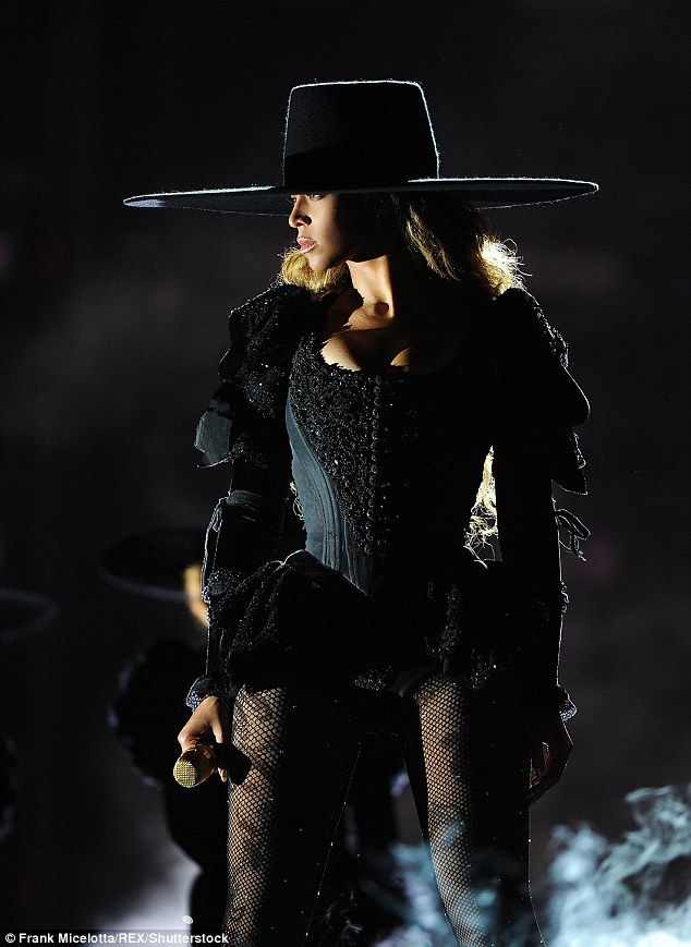Beyonce Cancels Formation World Tour Concert In Nashville Next Week Beyonce Formation Tour Beyonce Formation Beyonce Queen