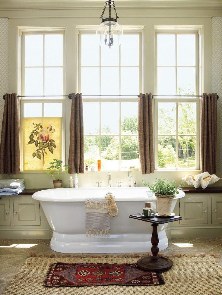 d co salle de bain romantique de style proven al baignoire ovale et rideaux favs of design. Black Bedroom Furniture Sets. Home Design Ideas