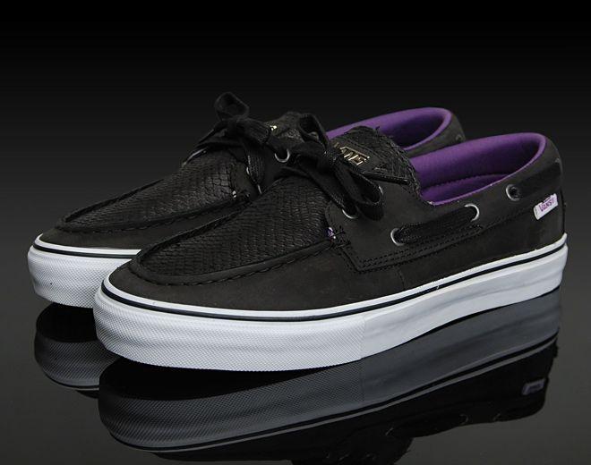 9476686e7a Buy all black vans zapato del barco