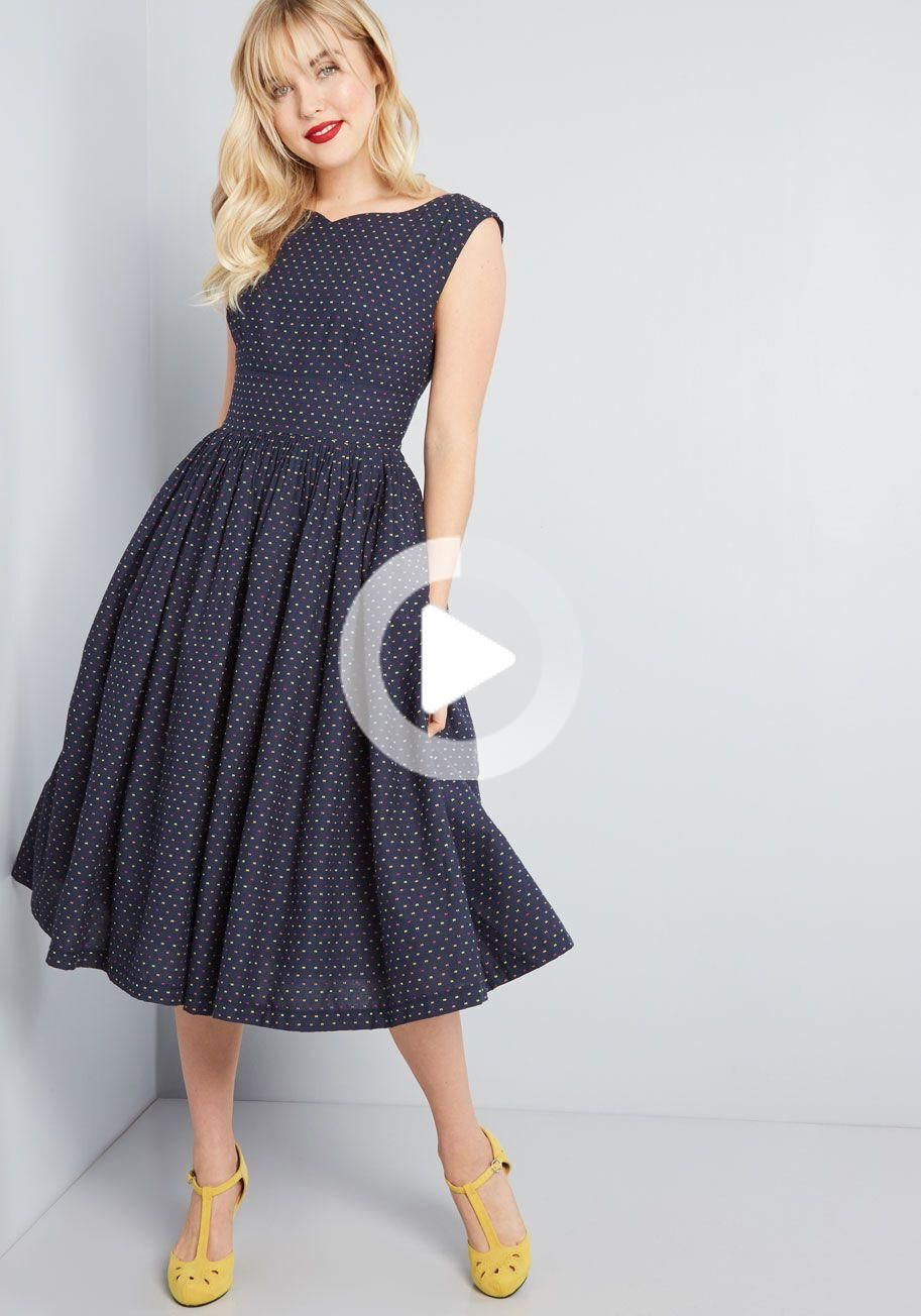 Fabulous fit and flare dress with pockets in 2020 fit