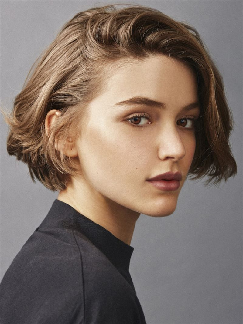 Whynot Models Marina Salaet Portfolio In 2020 Short Hair Styles Shot Hair Styles Androgynous Hair