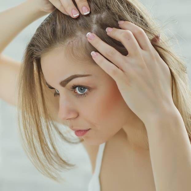 Lichtes Haar Am Oberkopf Frau Welche Frisur Yskgjt Com Psoriasis Hair Cuir Chevelu Ko In 2020 Thin Hair Styles For Women Laser Hair Loss Treatment Thin Hair Haircuts