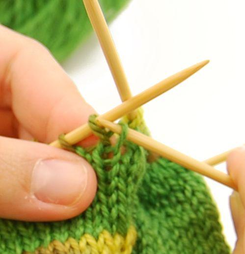 Jogless Jog Method for Knitting Stripes. I never can remember how ...