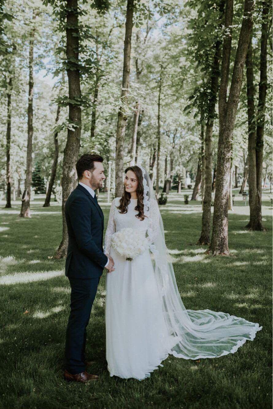 Wedding Day Gown Headpiece Dress Alliteration Make Up Hair Photography
