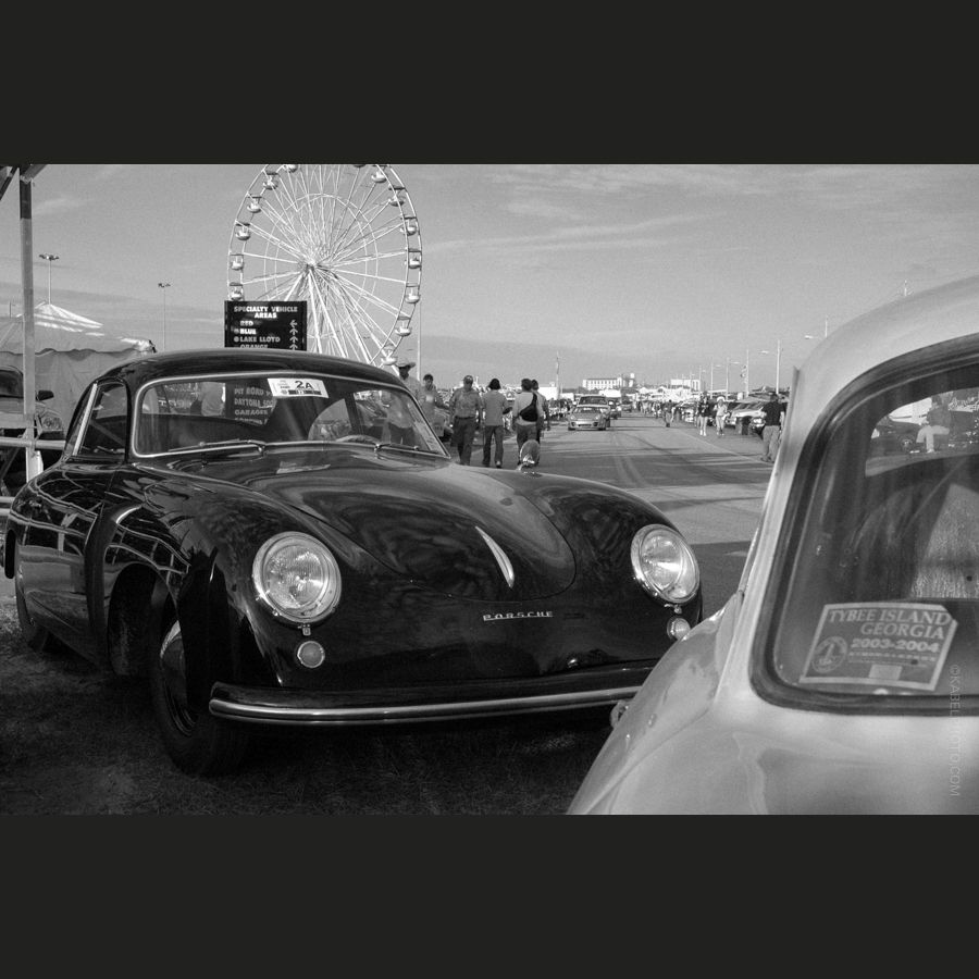 Couple Of Coupes Hanging Out. #Porsche #356 #threefivesix