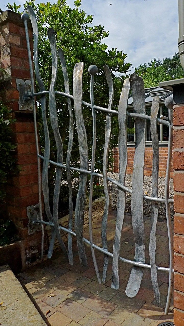 Iron garden gate - Sculpture And Garden Art Artistic Metal Furniture And Gates Garden And Drive Gates