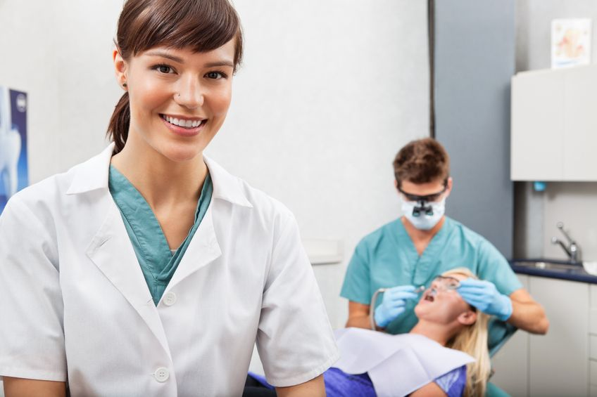 Are You Interested In Dental Assistant Training Want To Know More About What It S Like To Be A Dental Assistant Dental Assistant Dental Assistant Jobs Dental