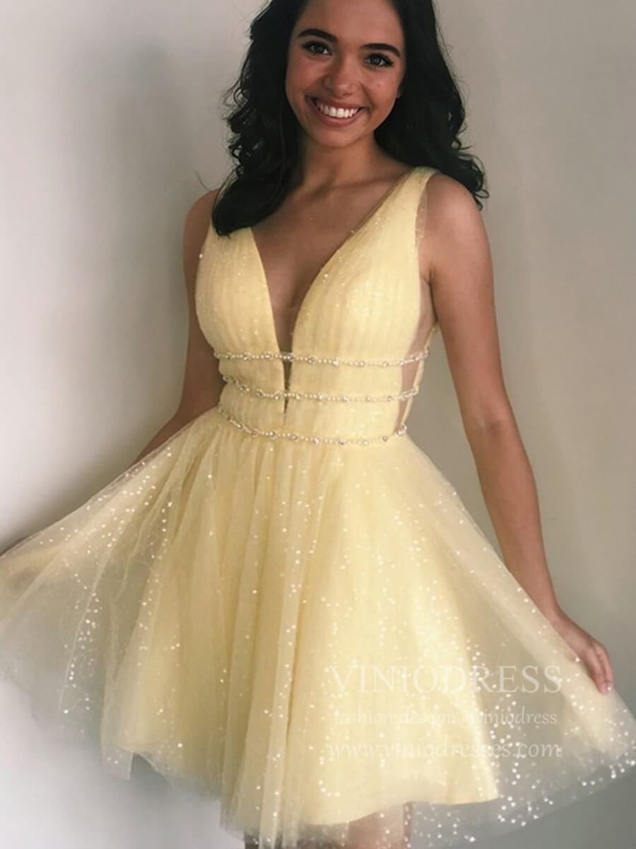 A Line V Neck Yellow Sequin Homecoming Dresses With Sparkles Sd1213 Ropa Para Ninas Fashion Ropa Ropa De Moda [ 1200 x 900 Pixel ]