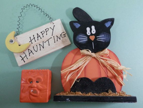 Set of 3 Hand Painted Wood Carved Black Kitty Pumpkin Shelf Sitter