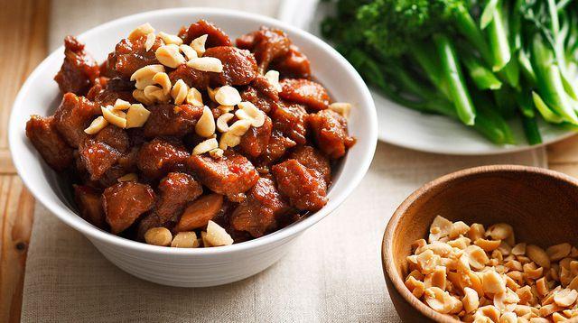 Porc caramélisé aux cacahuètes