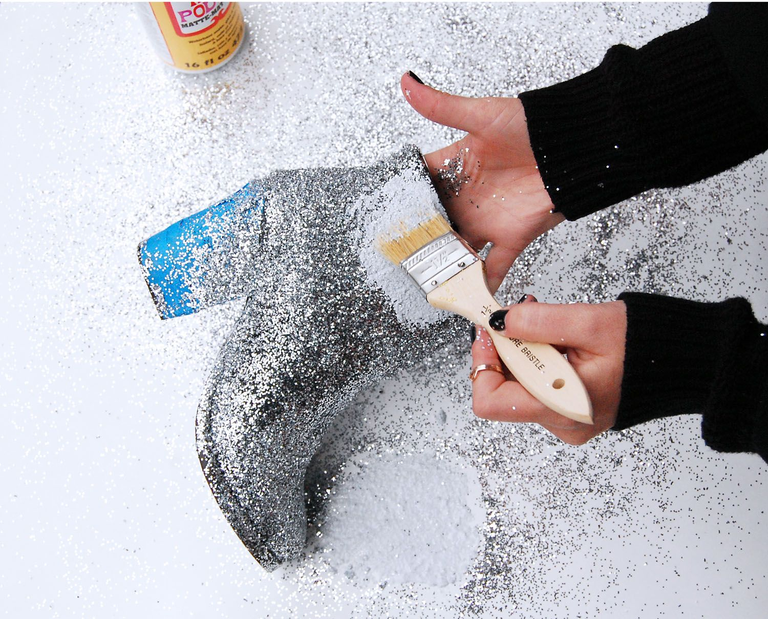 Urban Outfitters - Blog - UO DIY: NYE Party Boots [I'M SOOO GLITTER-IZING SOME FLIP FLOPS]