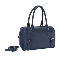 #Accesorio nos encantó el tono azul de ésta bolsa.
