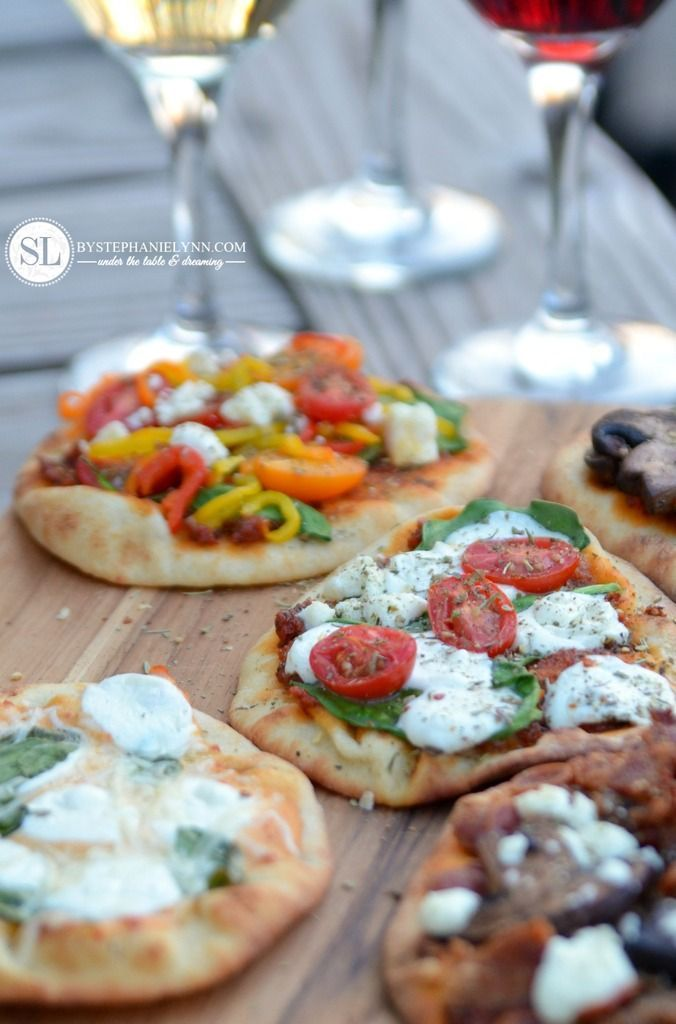 Outdoor Wine And Pizza Bar Party
