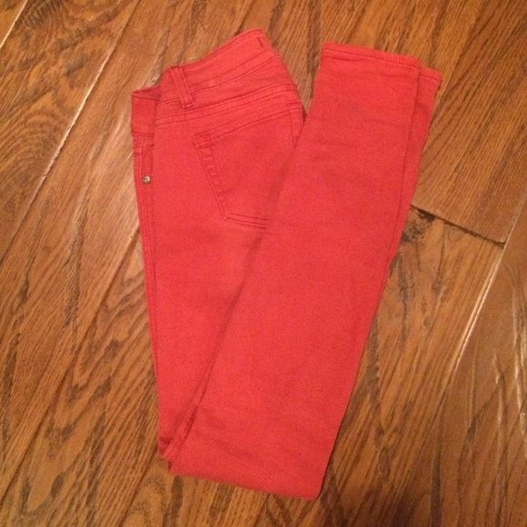 Vigoss Studio Red Skinny Jeans These are adorable red skinny jeans. I sadly don't wear them any more, so I am selling them.  They are not free people. I don't trade or do PayPal. Let me know if you have any questions. Free People Jeans Skinny