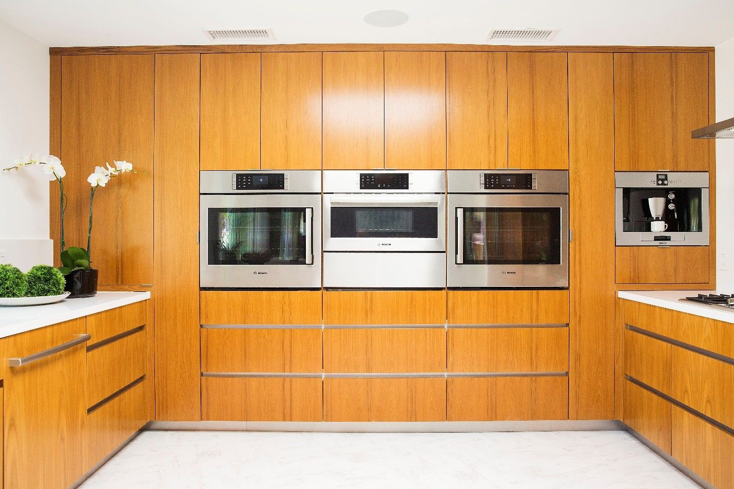 Bosch Horizontal Side Opening Wall Oven Wall Oven Kitchen Inspiration Design Wall Oven Kitchen